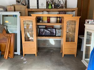 Pier unit for bed or large tv for Sale in Osseo, MN