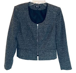 Metrostyle Womens Business Blazer Size 4 for Sale in Atlanta, GA