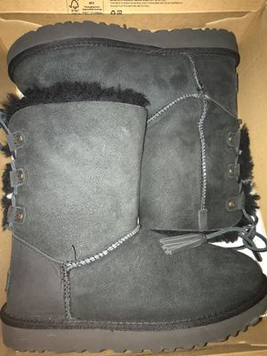 black uggs boots for Sale in St. Louis, MO