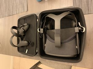 Oculus quest for Sale in Downey, CA