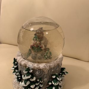 Christmas Musical Snow Globe for Sale in Plano, TX