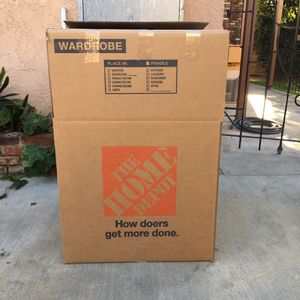 Wardrobe moving boxes for Sale in Lynwood, CA