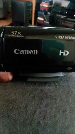 Cannon HD vixia HF R5000 for Sale in Erie, PA