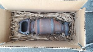 Catalytic Converter OEM Honda 2006 Acura MDX $100 Firm for Sale in Sacramento, CA