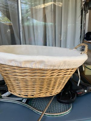 Laundry básquet for Sale in Livermore, CA