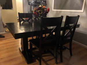 Sturdy Wood Farmhouse Kitchen Table for Sale in Mount MADONNA, CA