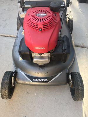 Honda 21 in. 3-in-1 Variable Speed Gas Walk Behind Self Propelled Lawn Mower with Blade Stop for Sale in Las Vegas, NV