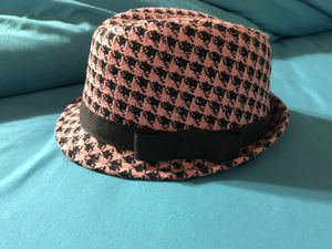 Woman's Fedora Hat for Sale in Thousand Oaks, CA