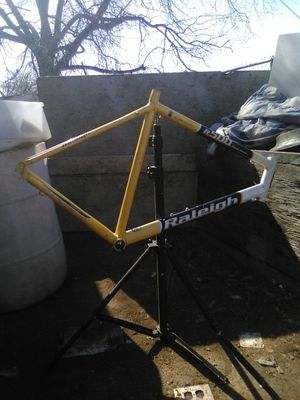 Bike frame for Sale in Fresno, CA