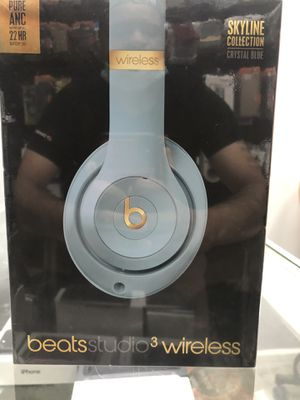 Beats studio 3 wireless skyline collection crystal blue for Sale in Brooklyn, NY