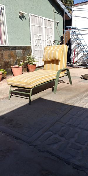 Relax exterior bench for patio, swimming pool, check my page but check willobrook distance before text for Sale in Los Angeles, CA