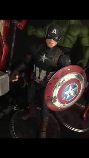 Marvels toys Captain America Worthy with Thor's hammer for Sale in Fresno, CA