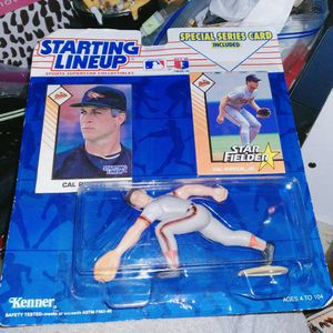 1993 Cal RIPKIN JR LINE UP ACTION FIGURE By KENNER for Sale in Portland, OR
