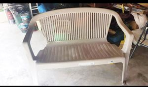 Plastic Rubbermaid Outdoor Bench Patio Furniture for Sale in Kent, WA