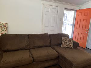 Big Brown sectional couch for Sale in Atlanta, GA