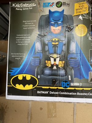 Batman deluxe combination booster car seat for Sale in Columbus, OH