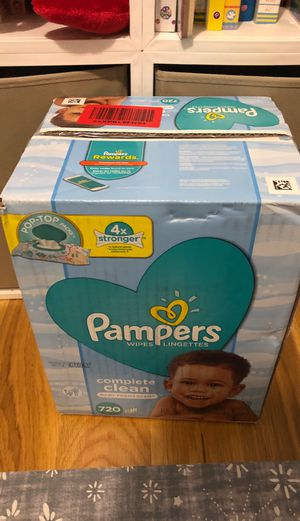Pampers baby Wipes box 720 ct for Sale in Brooklyn, NY