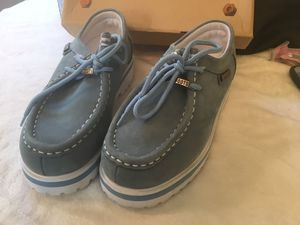 Boy shoes size 5 in brand new condition for Sale in Darrington, WA