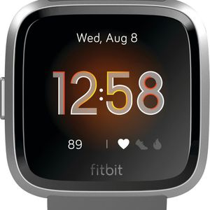 Fitbit Versa Lite for Sale in Cleveland, OH