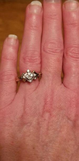 ❤10K white/yellow gold custom diamond ring size 7.5❤ for Sale in Lake Stevens, WA