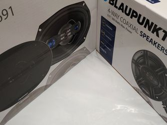 Car speakers : ( total 2 PAIRS ) Blaupunkt 6×9 4 way 700 watts car speakers new for Sale in Downey,  CA