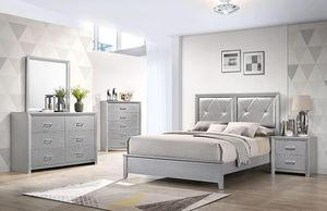 Brand new queen size bedroom set $649 for Sale in Hialeah, FL