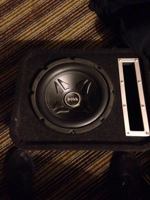 Boss car audio, 8' speaker with box for Sale in Fresno, CA