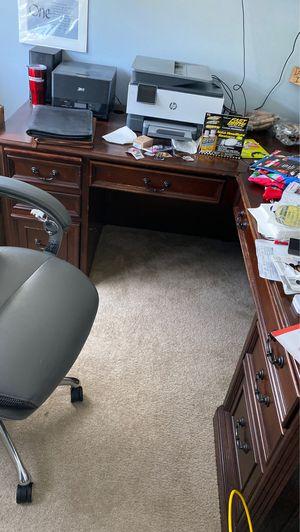 Desk for Sale in Eustis, FL