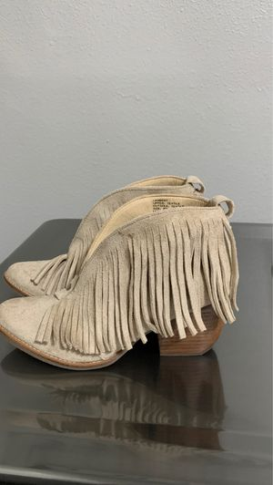 Women's Size 6 Fringe Booties for Sale in Corona, CA