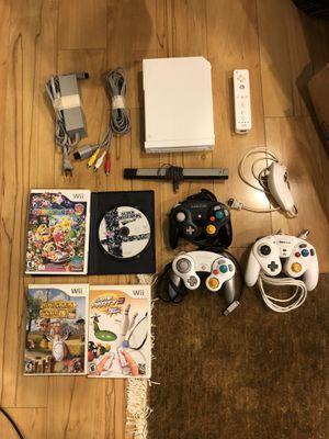 Nintendo Wii bundle super smash bros Mario party GameCube controllers for Sale in Coraopolis, PA