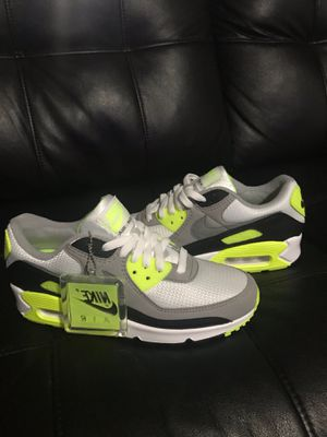 NIKE AIR MAX 90 green vault/green & grey/size 9 women/ DS for Sale in Hawthorne, NJ