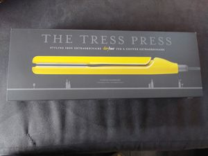 The tress press styling iron (dry bar) for Sale in Inglewood, CA