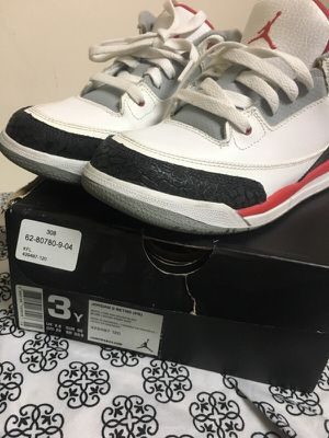FIRE RED 3s SIZE 3 for Sale in Bronx, NY