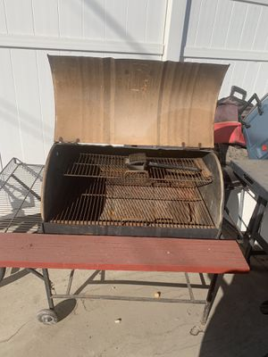 Large bbq grill in good condition asking 85 for Sale in Azusa, CA