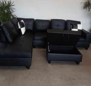 Black leather sectional sofa with ottoman for Sale in Buena Park, CA