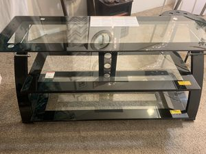 Tv stand fits up to a 65 inch tv for Sale in Lynnwood, WA