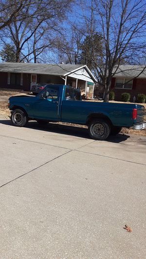 1994 Ford F150 2WD for Sale in St. Louis, MO