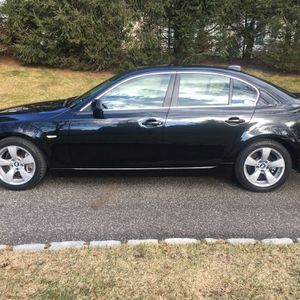 2008 BMW 528i SUPER CLEAN for Sale in Mount Sinai, NY