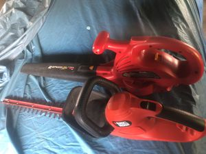 Hedge cutter and leaf blower ELECTRIC for Sale in Parlin, NJ
