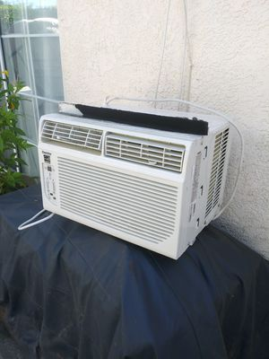 AC WINDOW DANBY 6000 BTU WORKS GREAT,IS TOUCH SCREEN, ENERGY SAVER,FAN 3 SPEEDS,YOU CAN TEST IT for Sale in Los Angeles, CA