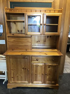 Hutch for Sale in Milwaukie, OR