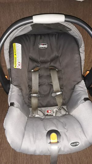 Chicco infant car seat I do have base. Used. Cleaned. $20 for Sale in Cocoa, FL