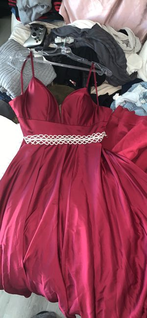 Prom dress for Sale in Lake Elsinore, CA