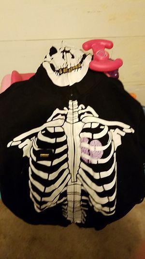 Lrg skull hoodie... for Sale in Lodi, CA