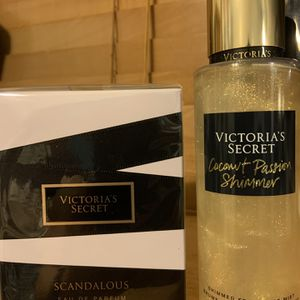 Victoria's Secret scandalous perfume and shimmer bundle for Sale in Los Angeles, CA