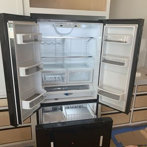JENN AIR Refrigerator for Sale in Hilmar, CA