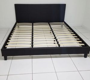 Brand new king bed frame no mattress for Sale in Miami, FL