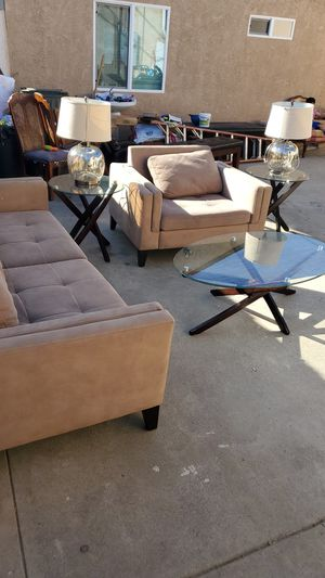 Sofa set greatly taken care off for Sale in San Fernando, CA