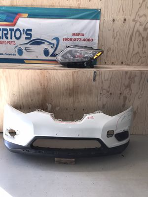 2014-2016 Nissan Rogue Headlight driver side and Front Bumper for Sale in Jurupa Valley, CA