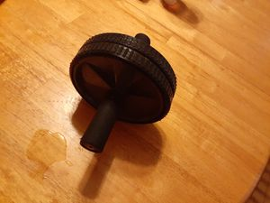 Abdominal wheel roller and 2 5 pound dumbbells included for Sale in Braintree, MA